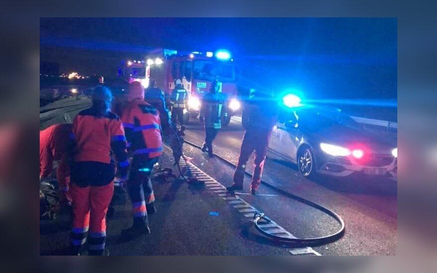 Tragiška avarija prie Klaipėdos: vienas vairuotojas žuvo, kitas pabėgo, bet buvo sučiuptas