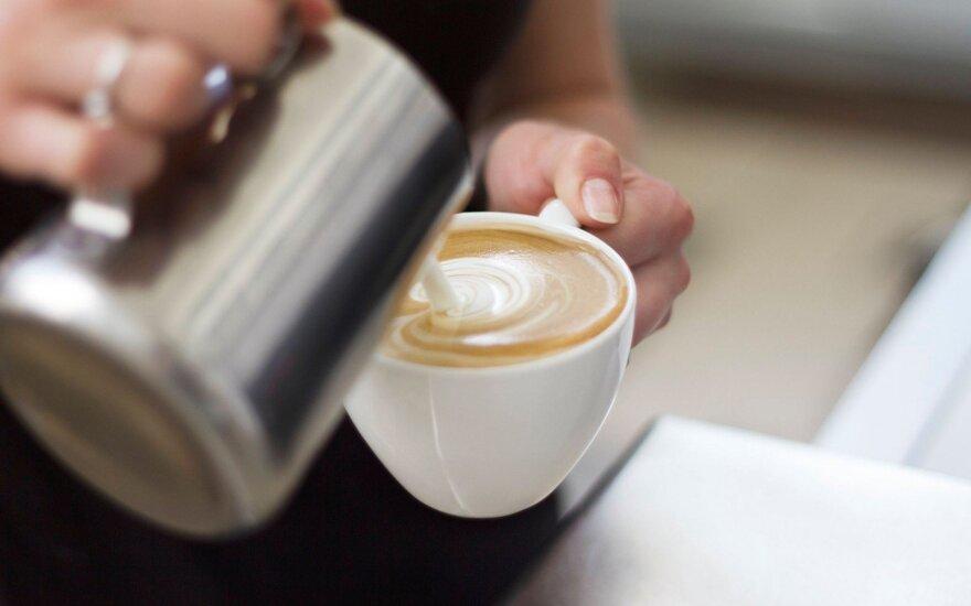 Skonis keičiasi: kokią kavą šiuo metu labiausiai mėgsta lietuviai