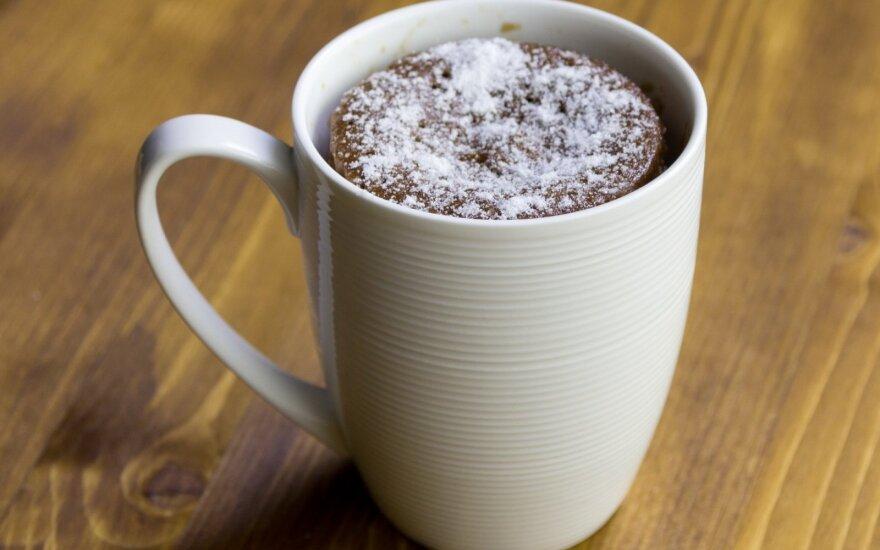 Nutella pyragas puodelyje