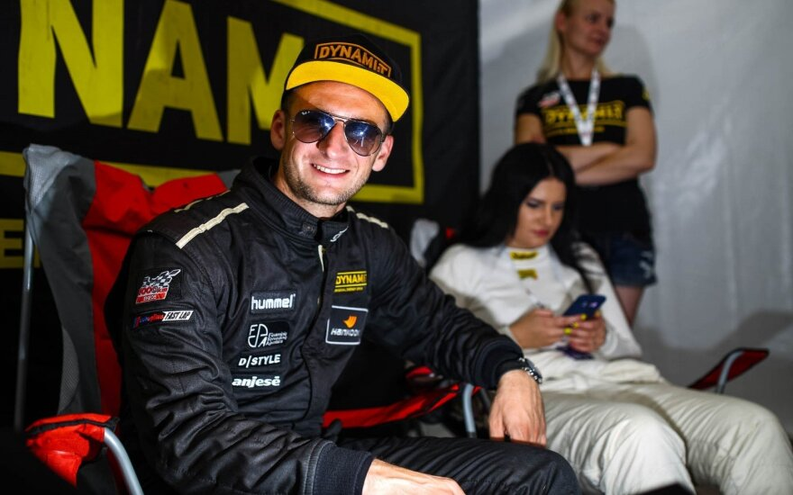 """Dynami:t Energy"" parodys F1 technologijas lenktynių technikos parodoje"