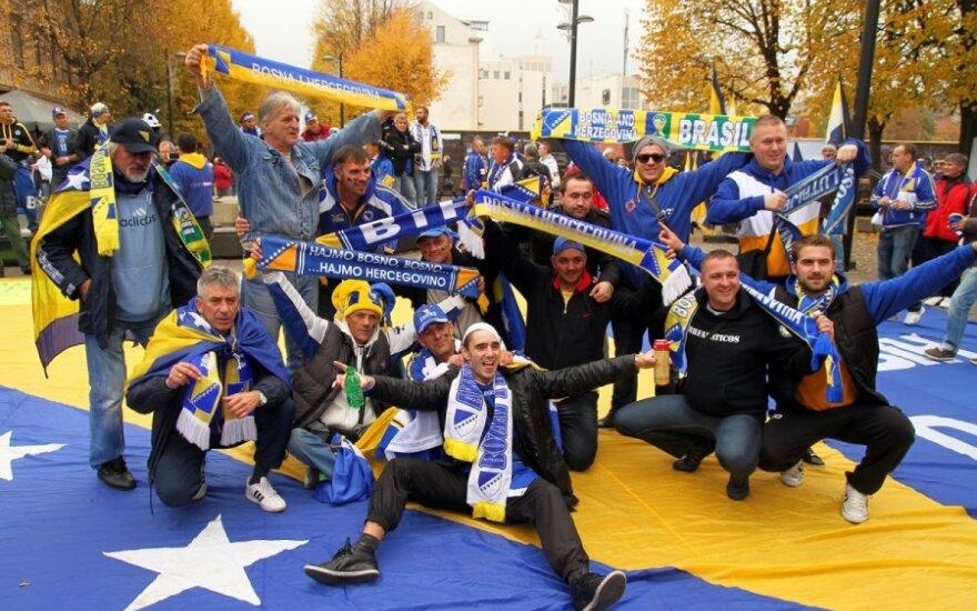 Bosnių sirgaliai Laisvės alėjoje
