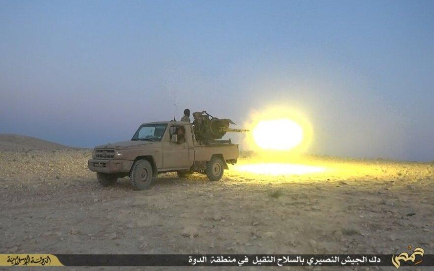 """""""Islamo valstybė"""" atakavo svarbią naftos įmonę Libijoje"""