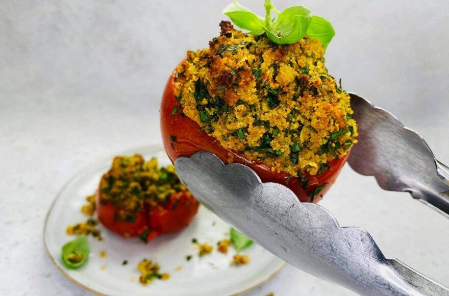 Sultingi ir sotūs įdaryti pomidorai pagal Alfą Ivanauską