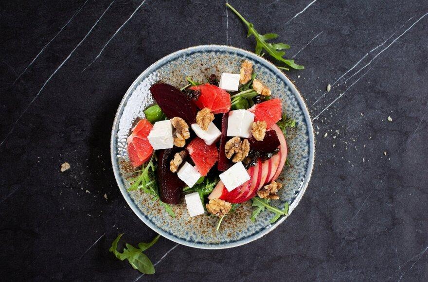 Marinuoti burokėliai salotoms