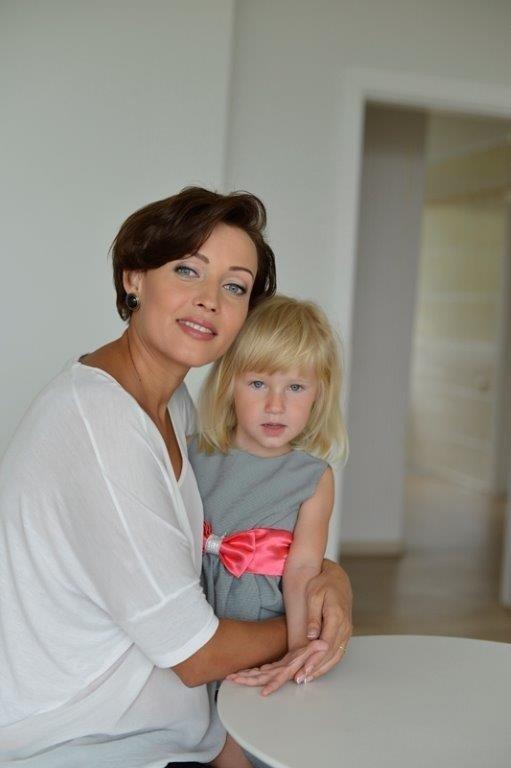 Žinomos mamos apie vaikų saugumą: moko ne kalbos, o tėvų pavyzdys