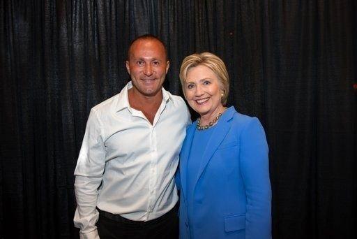 Andy Khawaja ir Hillary Clinton