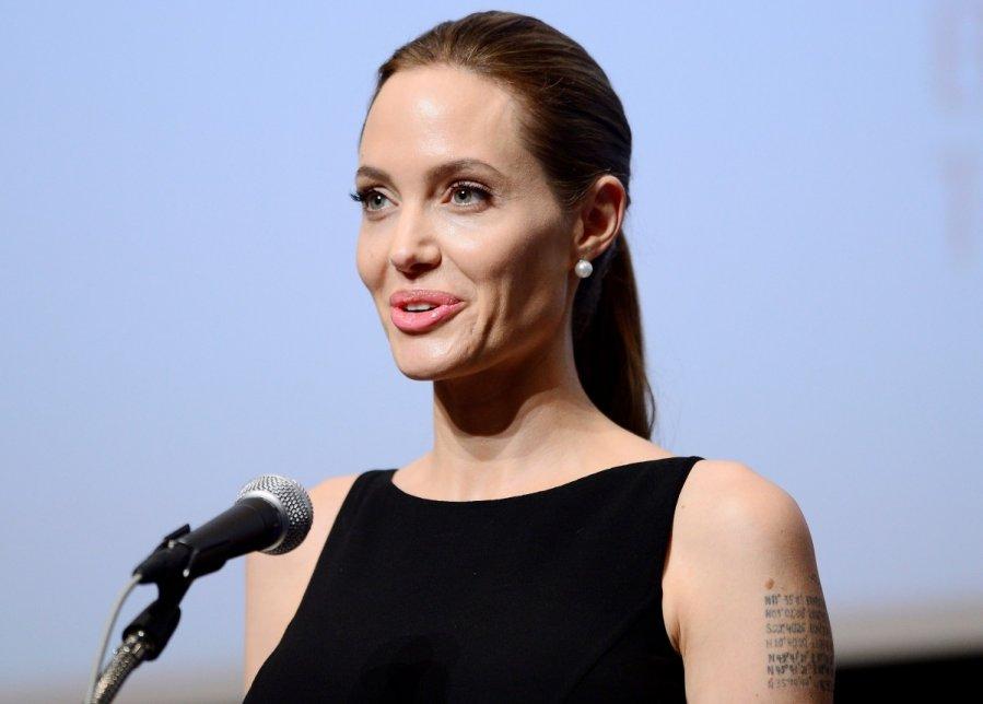 Анджелина Джоли удостоилась почетного Оскара картинки