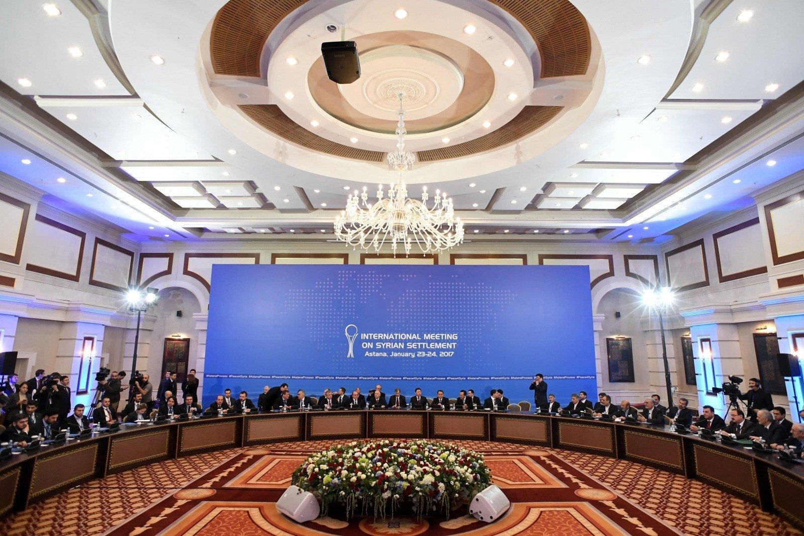 ВАстане начались переговоры посирийскому урегулированию