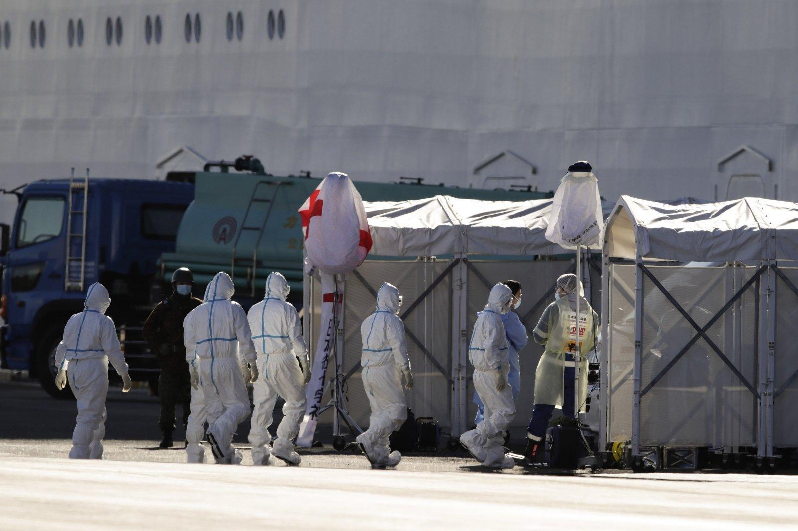 Среди членов экипажа потерявшего ход близ Норвегии судна трое россиян - посольство