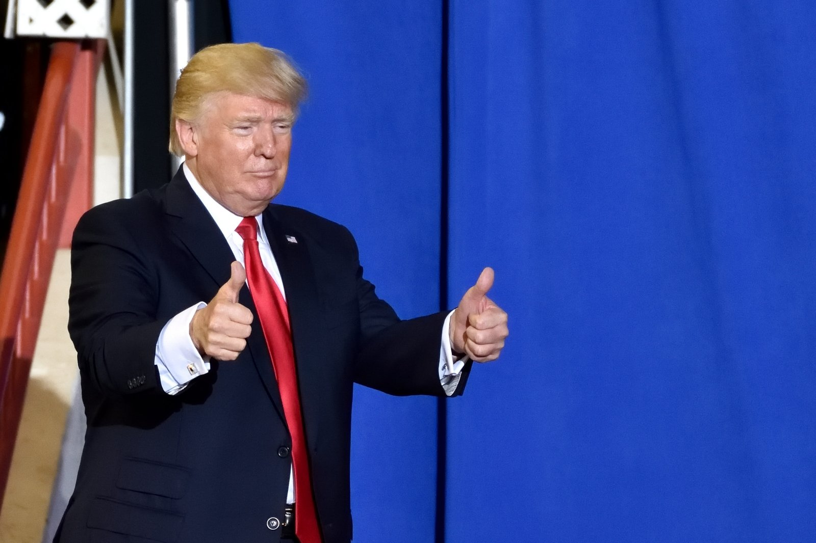 В США не нашли доказательств содействия России переизбранию Трампа