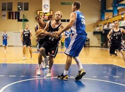 Eddie Obeliunas pictured in action for the Geelong Vytis Sports Club in Klaipeda. Photo by Elijus Kniežauskas.