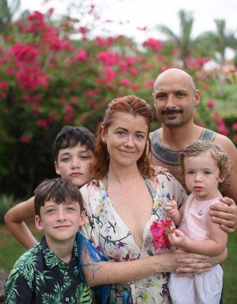 Erica Jennings-Didžiulis su šeima