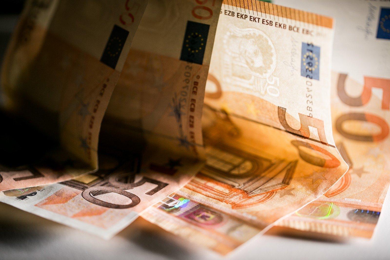 valiutos prekybos apyvarta)