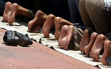 Indijos musulmonai meldžiasi