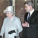 Elžbieta II su V. Muntianu Seime