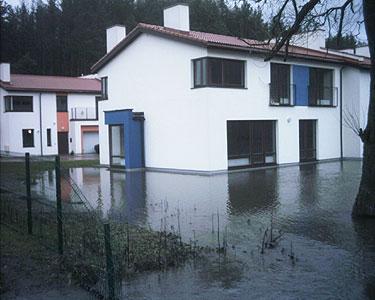 Vanduo sekmadienį apsėmė namus Antaviliuose