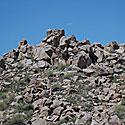 Uolos, akmenys