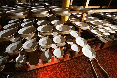 prekybos karo porceliano variantai)