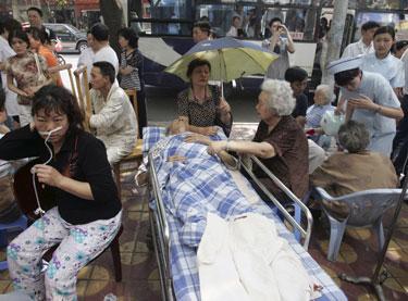 Kinijoje po žemės drebėjimo