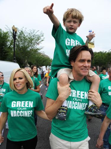 Jimas Carrey, Jenny McCarthy ir jos sūnus Evanas