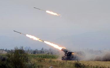 Gruzijos kariai apšaudo Pietų Osetijos pajėgas