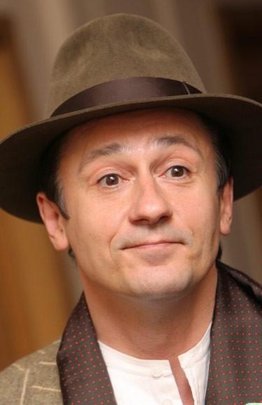 Олег Меньшиков признан самым сексуальным рекомендации