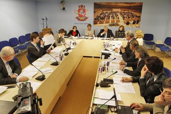 A.Valinsko atsiprašymas dėl D.Grybauskaitės įžeidimo išgelbėtų jį nuo etikos prievaizdų