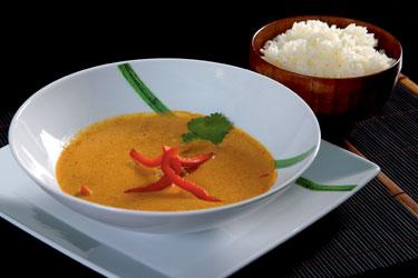 Tailandietiški patiekalai. Jautiena raudono kario padaže