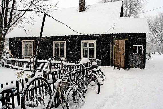 Troba, kurioje gyvena Gudauskai, pastatyta daugiau kaip prieš šimtą metų.