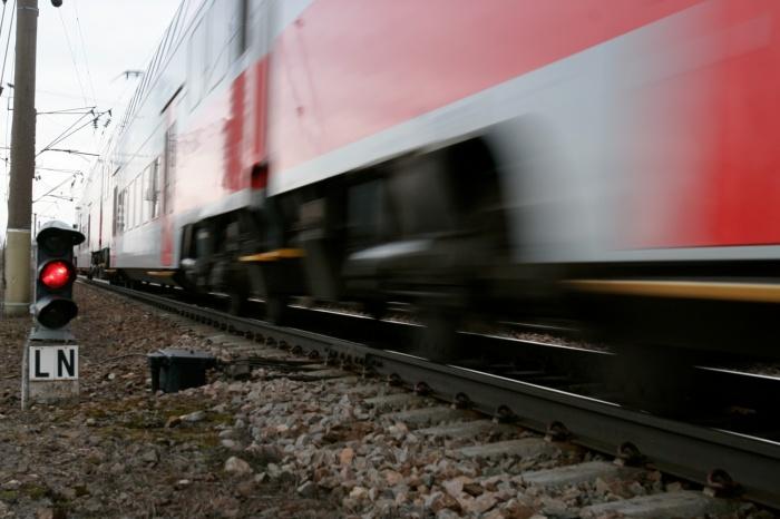 varpos traukinys