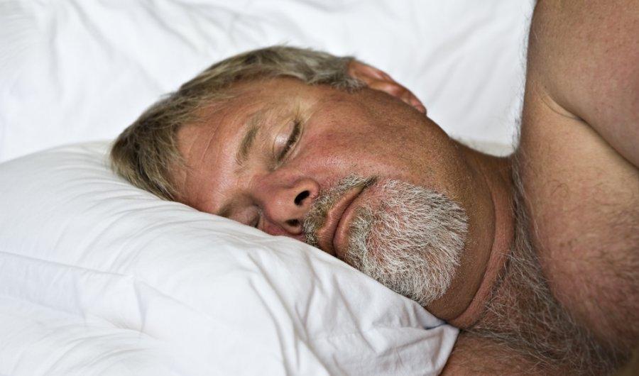 miegas ir rytinė erekcija
