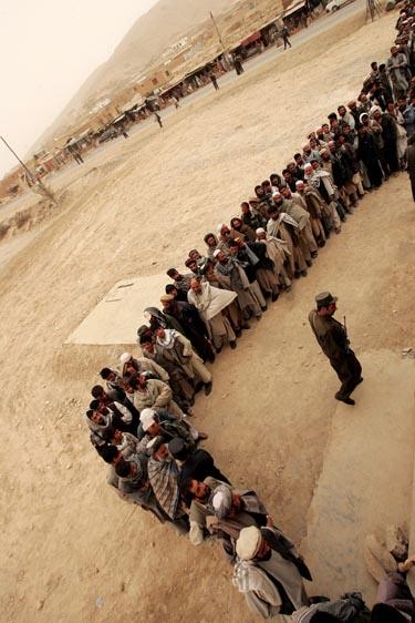 Rinkimai Afganistane, Afganistanas