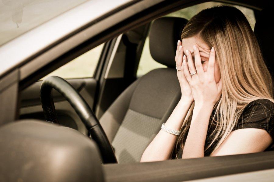 На трассе Дубна-Кимры девушка не справилась с управлением и вылетела на встречку