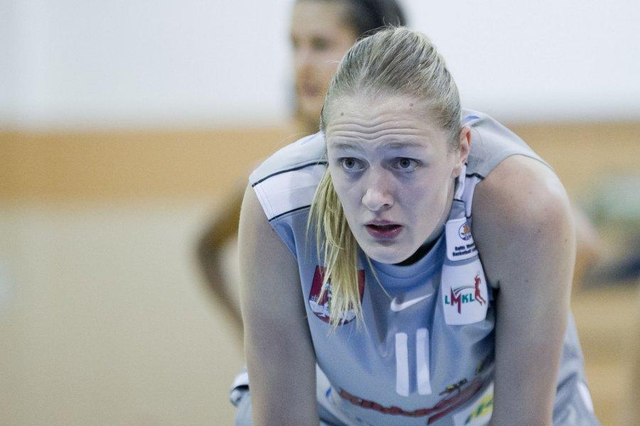 Gintarė Petronytė Lietuvos moter lygos treias ratas prasidjo dviej Kauno ekip