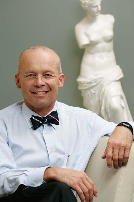 Plastinės ir rekonstrukcinės chirurgijos gydytojas prof. Kęstutis Vitkus