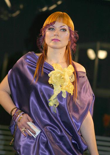 """""""Gintarinė sruoga 2006"""". Ramunės Motiekūnienės modelis. II vieta"""