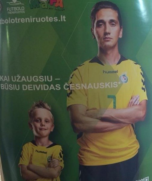 Futbolininkas Deividas Česnauskis su sūnumi Deividu