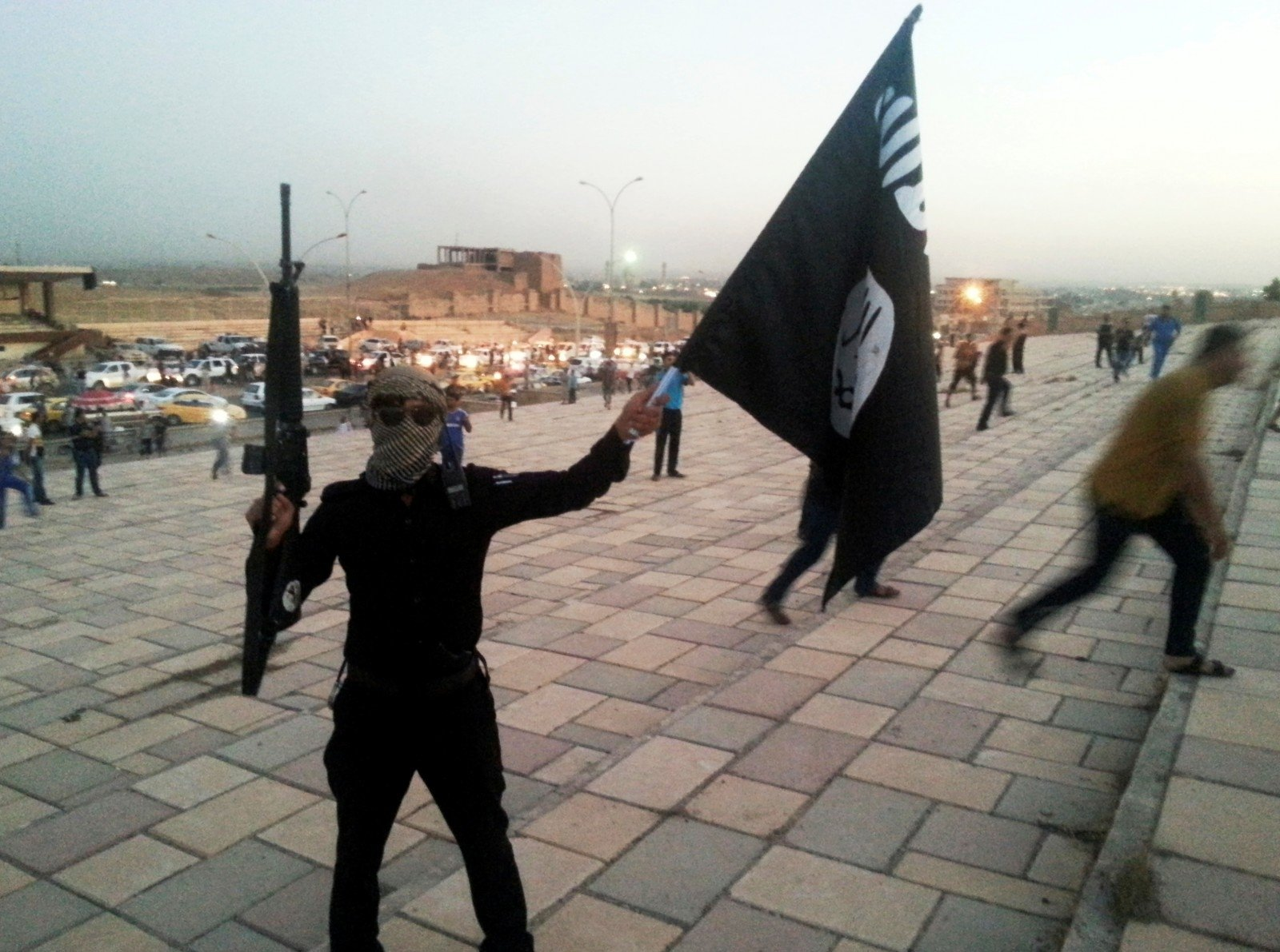 ИГтеряет территории вИраке иСирии