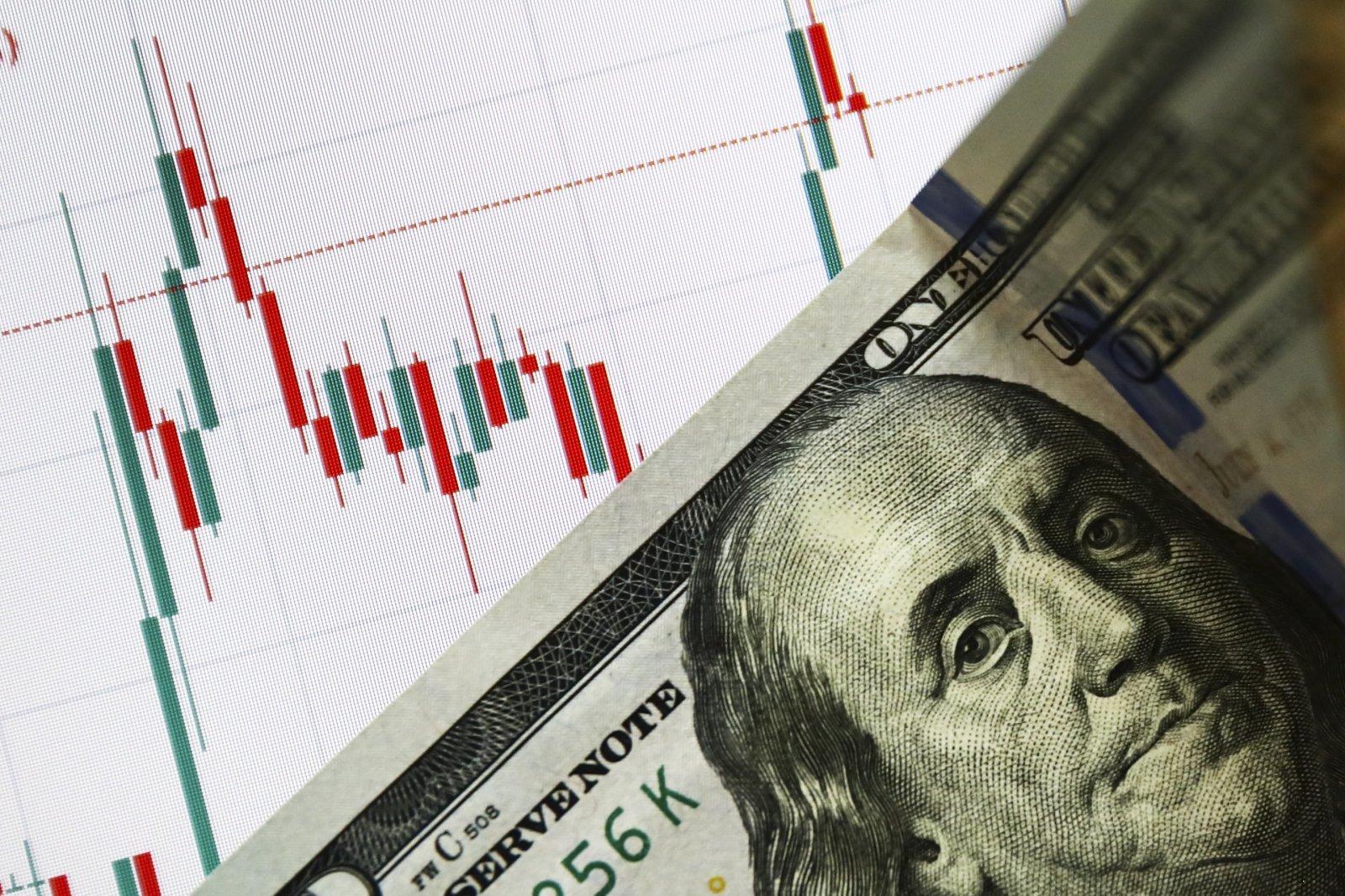 valiutos prekybos realiu laiku geriausia 4 valandų prekybos strategija