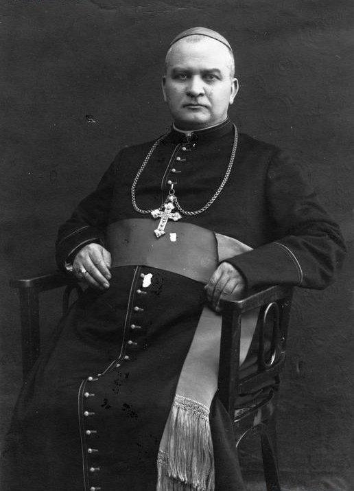 Dužusiais langais nužymėti Lietuvos ir Vatikano santykiai: ką Lietuvoje veikė būsimasis popiežius