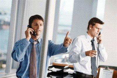 Psichologė patarė, kaip darbe išvengti neigiamų emocijų: auklėti kolegų neverta