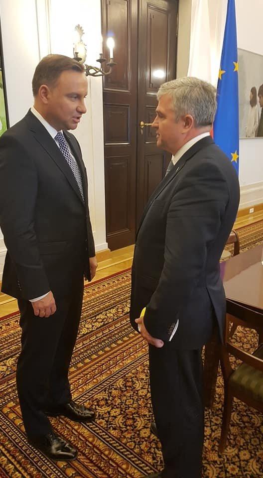Lietuvos Respublikos ambasadorius Lenkijoje Edvardas Borisovas ir Lenkijos Prezidentas Andrzejus Duda