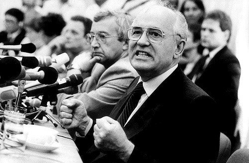 """Nuo Gorbačiovo laisvės iki Putino karo: kaip """"naujasis caras"""" įsitvirtino valdžioje"""