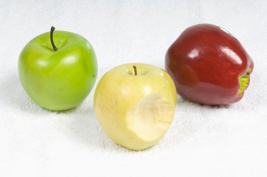 obuolių prekyba sistemoje)