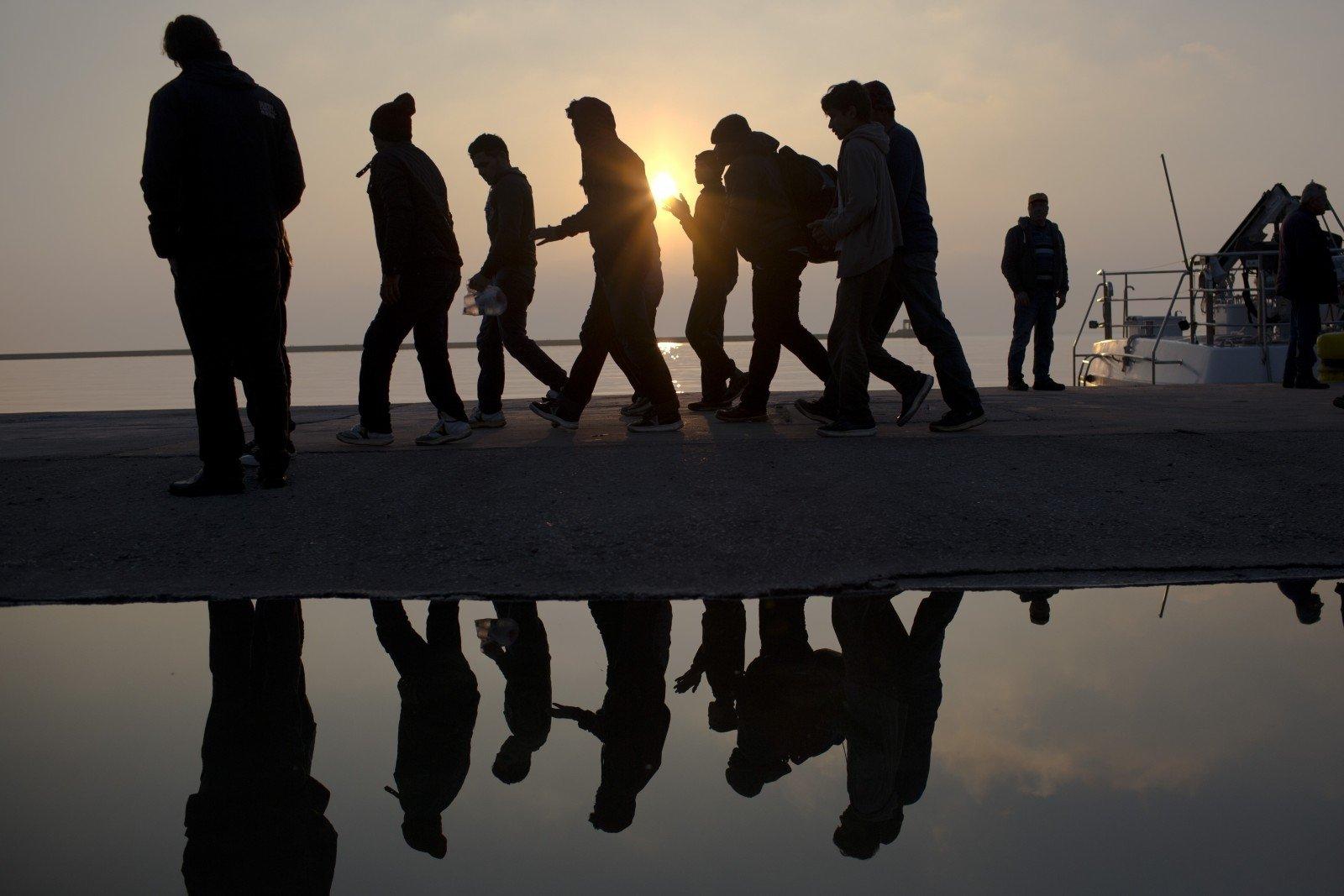 Неменее  половины всех прошений наубежище вЕС подается вГермании