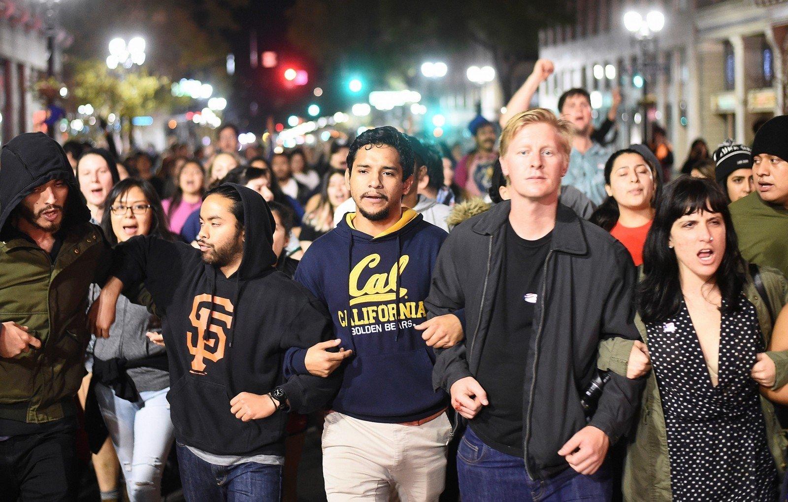 Протесты против Трампа вСША переросли вбеспорядки