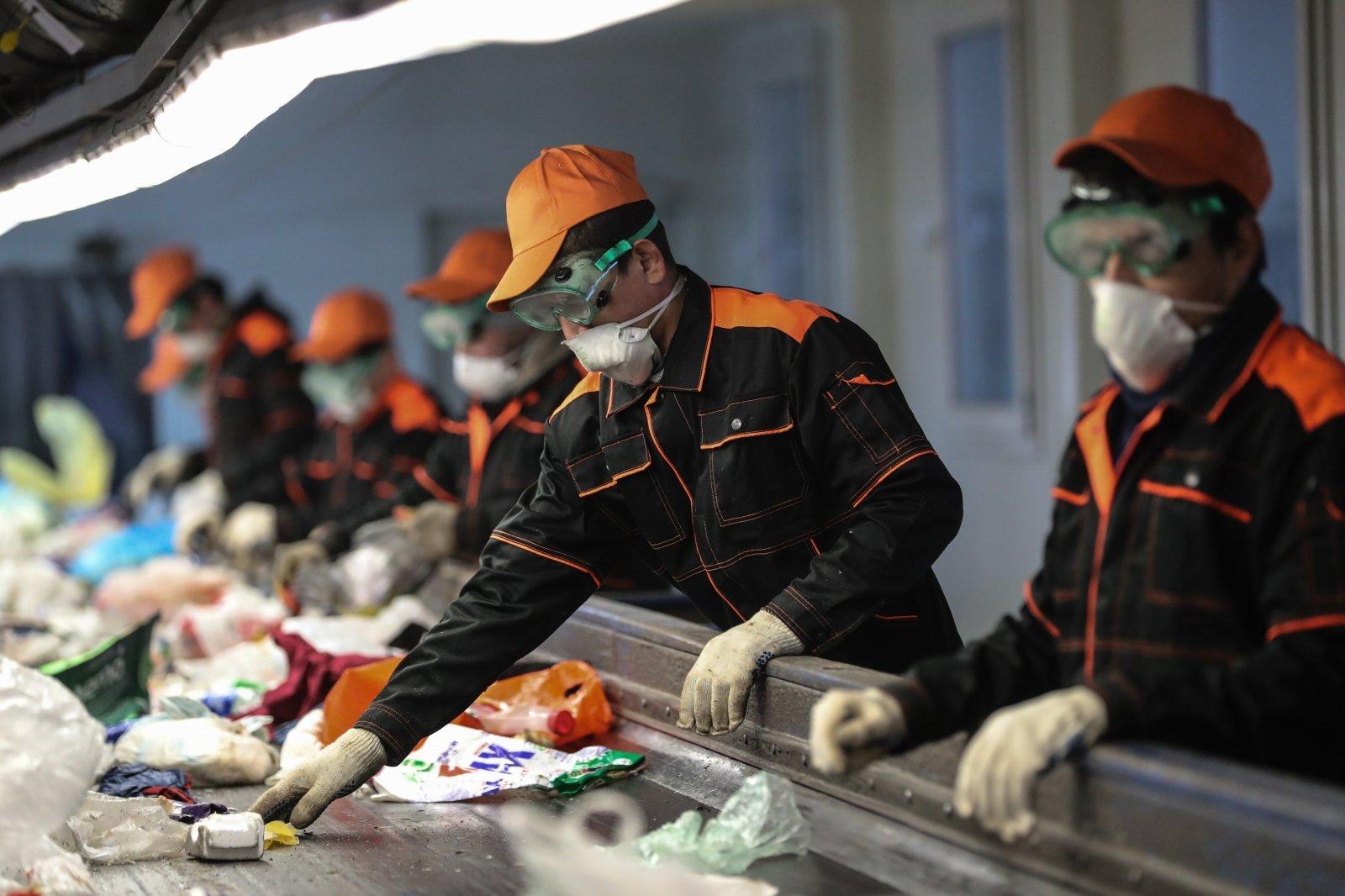 Jusif Seiranov. Po didžiosios pauzės Kinijos ekonomika sugrįžta į atšiauresnį pasaulį - LRT