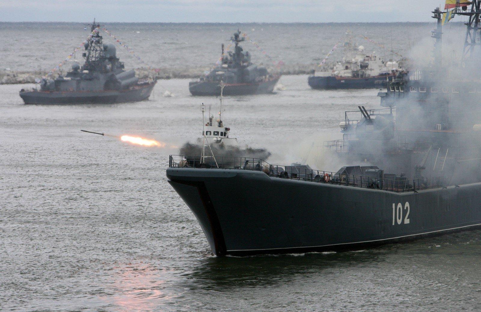 Начались российско-китайские учения «Морское взаимодействие— 2016»
