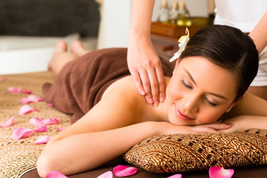 kokiu aliejumi geriau masažuoti varpą
