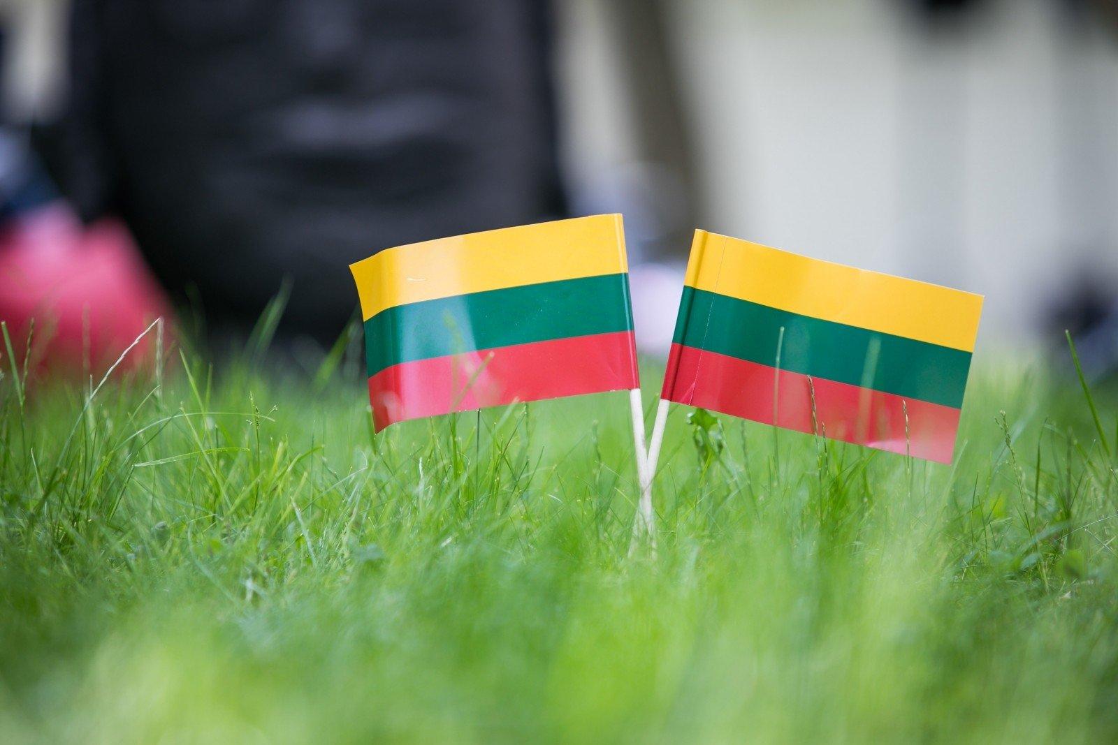 Бизнесменов из Прибалтики пора призвать к порядку